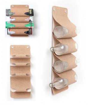 MR BUTLER: Porta bottiglie o porta riviste da parete in sughero