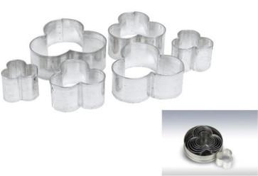 Cutters, tin plate Trio
