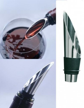 Grand Cru Wine Pourer - avoid stains on your table cloth