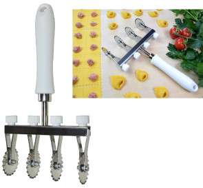 Pasta-Cutter with 4 festooned stainless steel blades adjustable