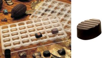 Stampo in policarbonato per cioccolatino Ovale con decoro