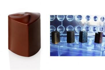 Stampo in policarbonato per 24 praline linea Innovation Triangolo