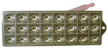 Moule pour raviolis ronds 24 places avec rouleau