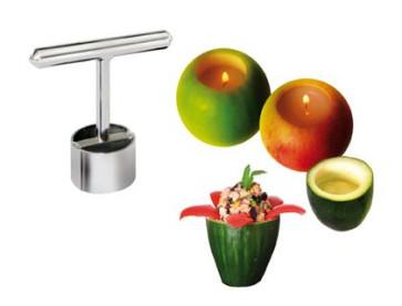 Le Petit Farceur: instrument à graver les légumes en acier inox