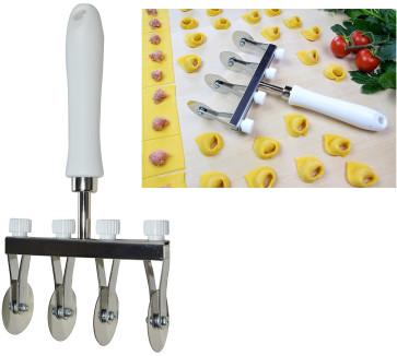 Roulette découpe-pâte avec 4 lames en acier inoxydable lisses réglables
