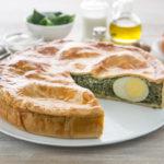 Attrezzature da cucina e pasticceria per un menù di Pasqua